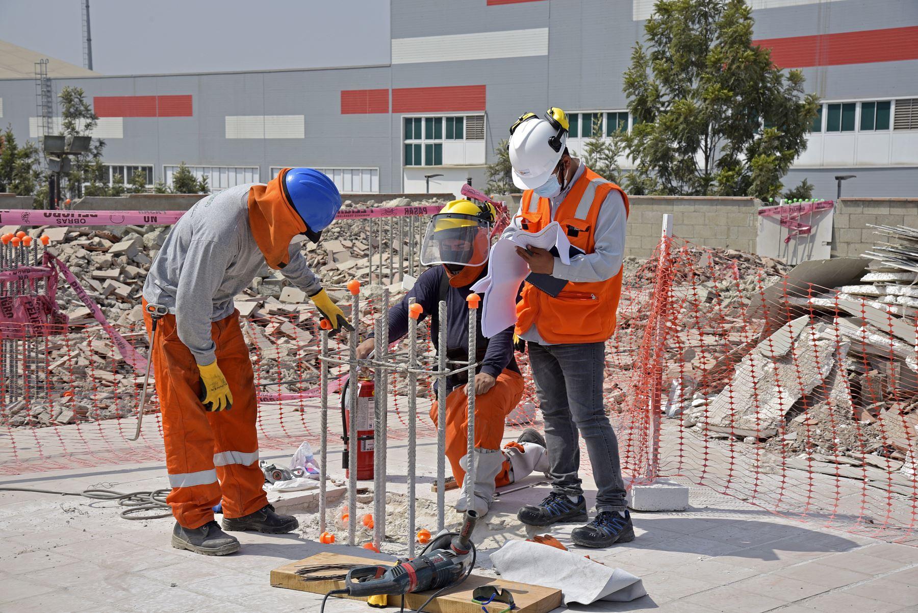 La construcción es una importante fuente para la generación de empleo. Foto:ANDINA/Difusión.