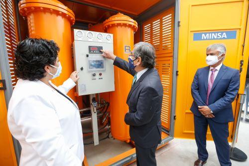 Inauguran planta de oxígeno donada por Respira Perú al Hospital de Emergencias covid-19 Ate