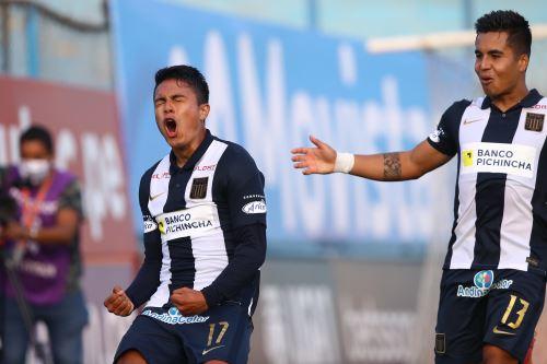 Jairo Concha anota el 2-0 que le permitió a Alianza Lima superar al Binacional en el estadio Alberto Gallardo