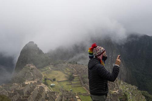 Machu Picchu volverá a recibir 897 visitantes diarios a partir de hoy