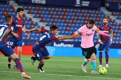 Barcelona iguala 3 a 3 ante el Levante por la Liga Española