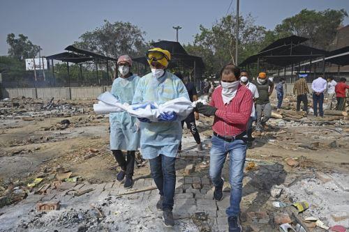 India registra más de 4 mil muertos y 360 mil contagios diarios por covid-19