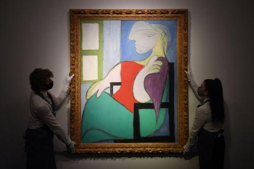 La pieza, de casi metro y medio de alto por 1.14 metros de ancho, está considerada como una obra excepcional de Picasso. Foto: AFP