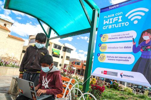 Ministro Eduardo González inauguró proyecto de internet para más de 370 localidades rurales en la región Cusco