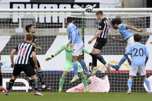 Manchester City gana 4-3 al Newcastle por la Premier League