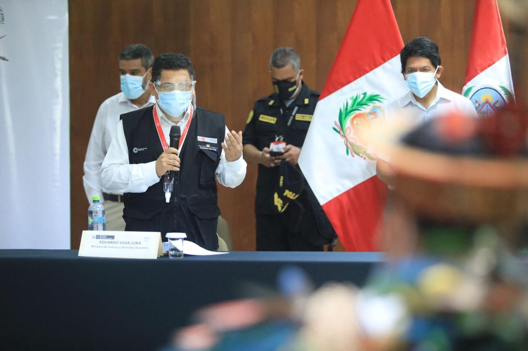 Ministro de Justicia y Derechos Humanos, Eduardo Vega, participa con organizaciones indígenas en marco de la implementación del mecanismo intersectorial para la protección de las personas defensoras de DD.HH. Foto: ANDINA/Minjusdh