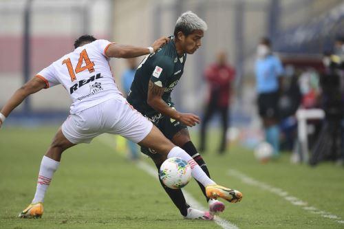Universitario de Deportes empató 3 a 3 a Ayacucho FC en la octava fecha del Torneo Apertura de la Liga 1