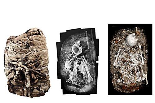 Fardos estudiados hallados en santuario de Pachacamac.