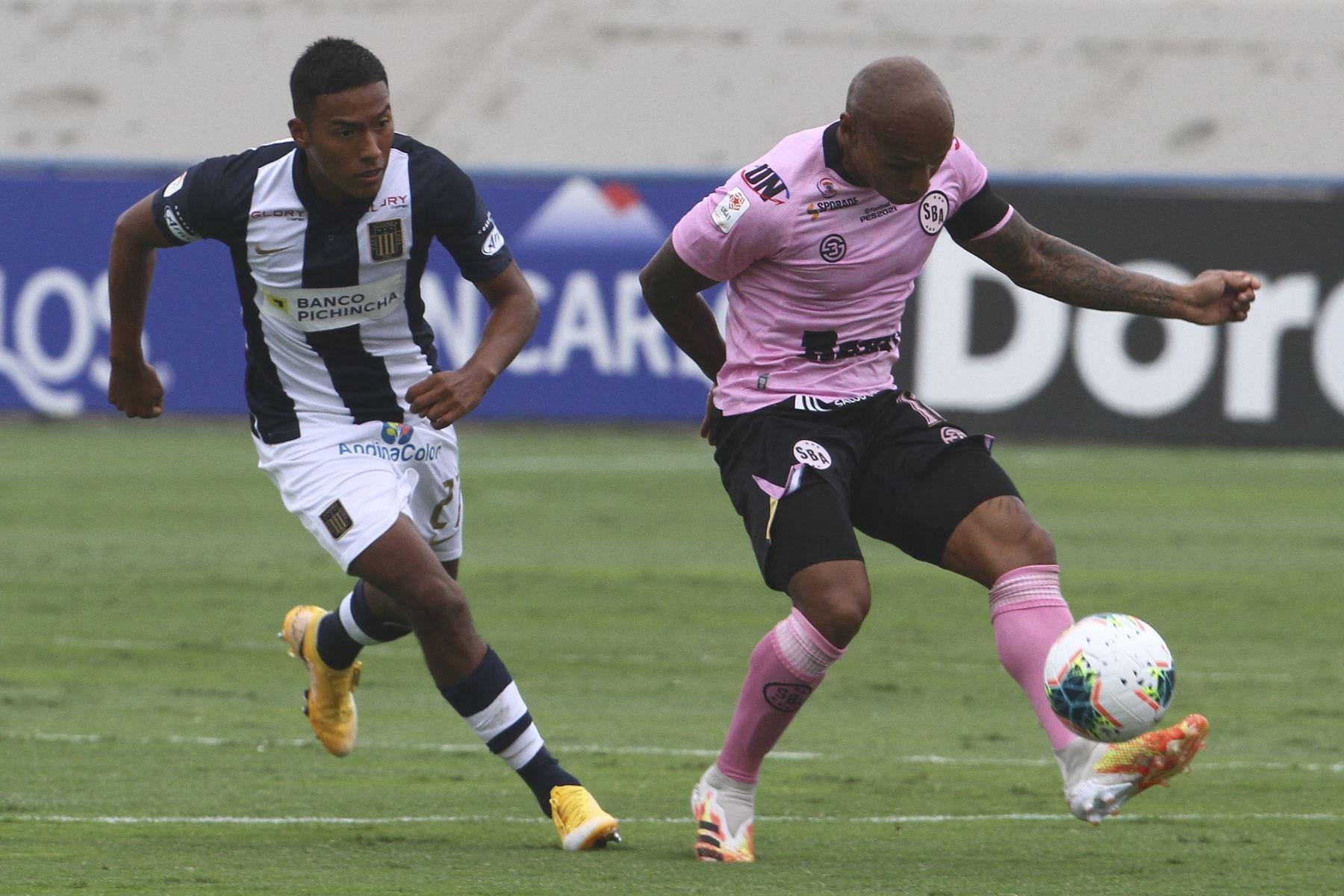 Sport Boys y Alianza Lima se miden por la octava fecha de la Fase 1 de la Liga 1 Betsson en el estadio Alberto Gallardo. Foto: FPF