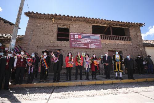Jefa del Gabinete preside ceremonia que conmemora los 240 años de la muerte de Túpac Amaru II y Micaela Bastidas en Cusco