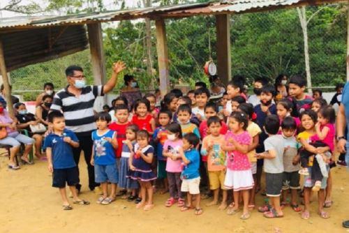 Autoridades invocan a empresarios y vecinos solidarios de Tarapoto, Morales y La Banda de Shilcayo a hacer llegar alimentos, ropa, agua, papel higiénico y otros para los menores.