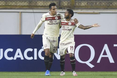 Universitario vence 3-2 a Independiente del Valle por la Copa Libertadores