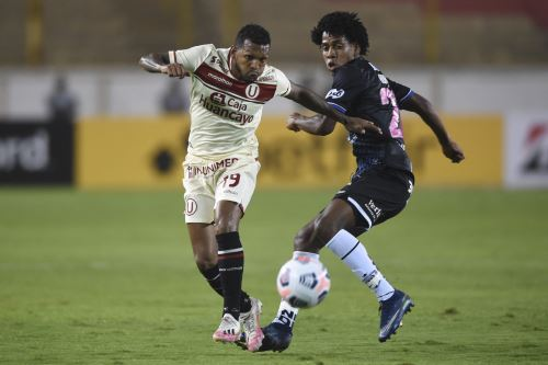 Universitario enfrenta a Independiente del Valle por la Copa Libertadores