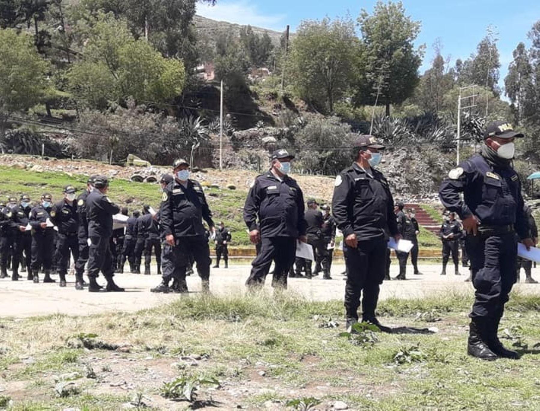 Más del 90 % de policías ya está totalmente inmunizado contra el covid-19 en la región Áncash. Foto: ANDINA/difusión.
