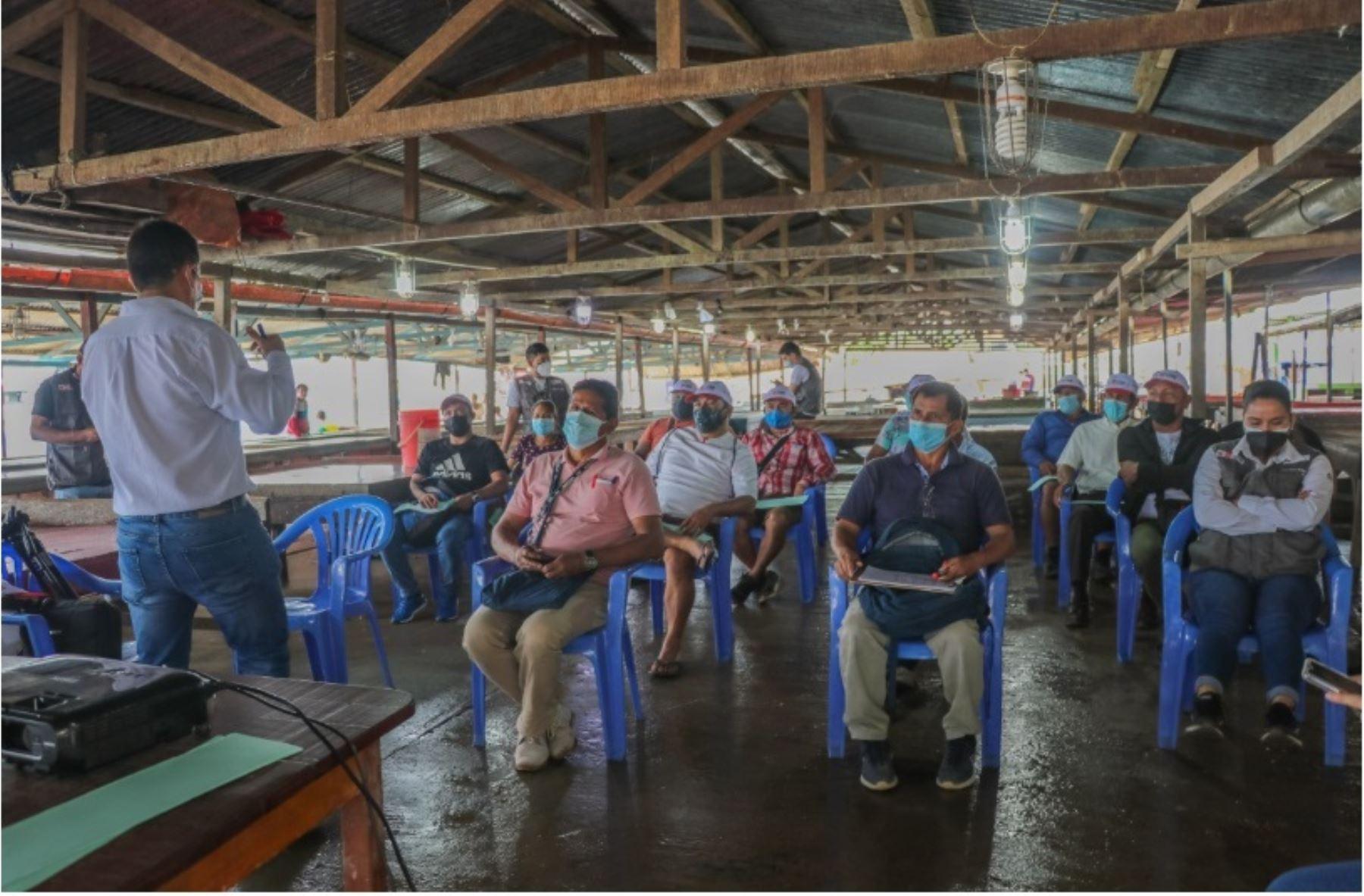 Pucallpa: fortalecen capacidades a 57 pescadores artesanales en buenas prácticas