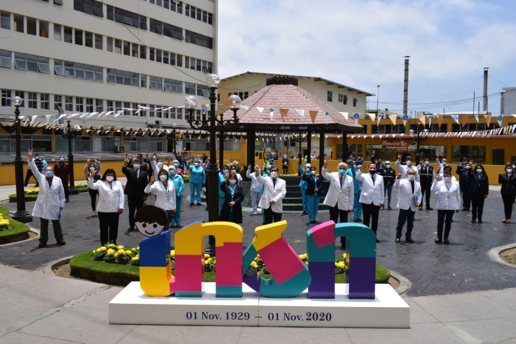 Los 3,200 servidores públicos que trabajan en el INSN-Breña conmemoraron el 29 de mayo el Día del Servidor Público para recordar a los que fallecieron por el covid-19 y resaltar el desempeño de los que laboran desde la declaratoria de emergencia sanitaria