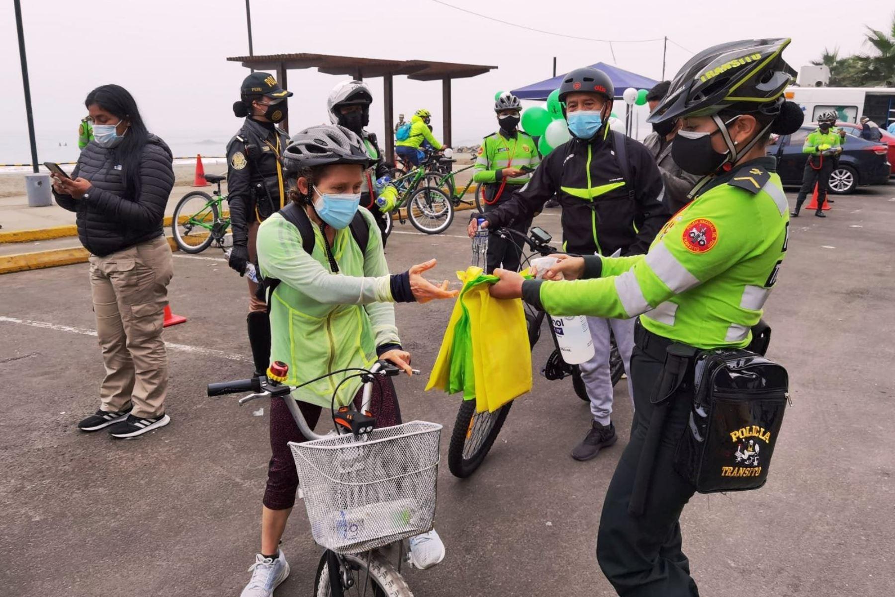 Bicicleta: PNP inicia campaña de sensibilización para su uso adecuado en la vía pública. Foto: ANDINA/Difusión.