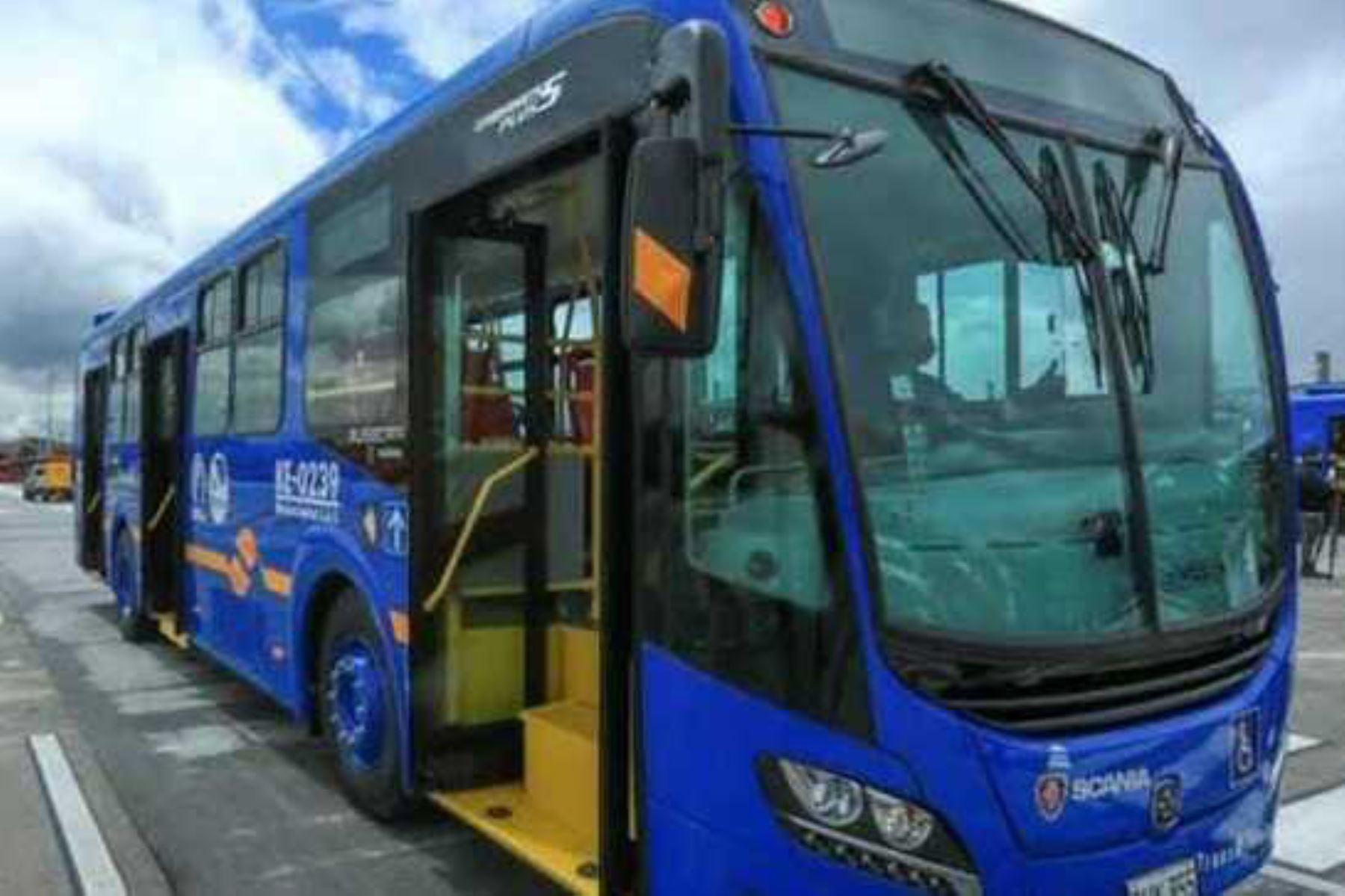 El bus patrón a GNV tiene una autonomía mínima de 250 km por hora mientras que el bus patrón a diésel tendrá una autonomía mínima de 300 km por hora. ANDINA/ ATU