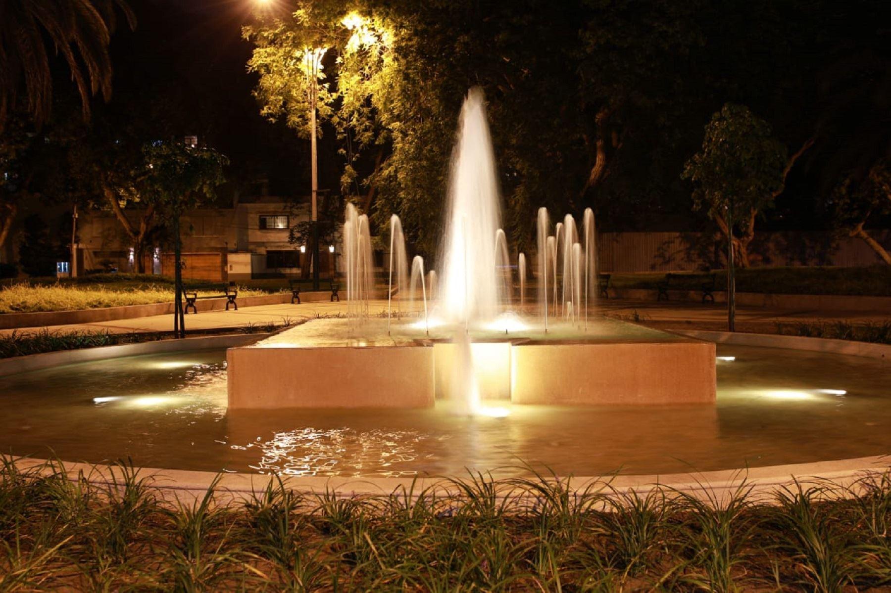Diecisiete fuentes ornamentales vuelven a embellecer el distrito de San Isidro . Foto: Difusión