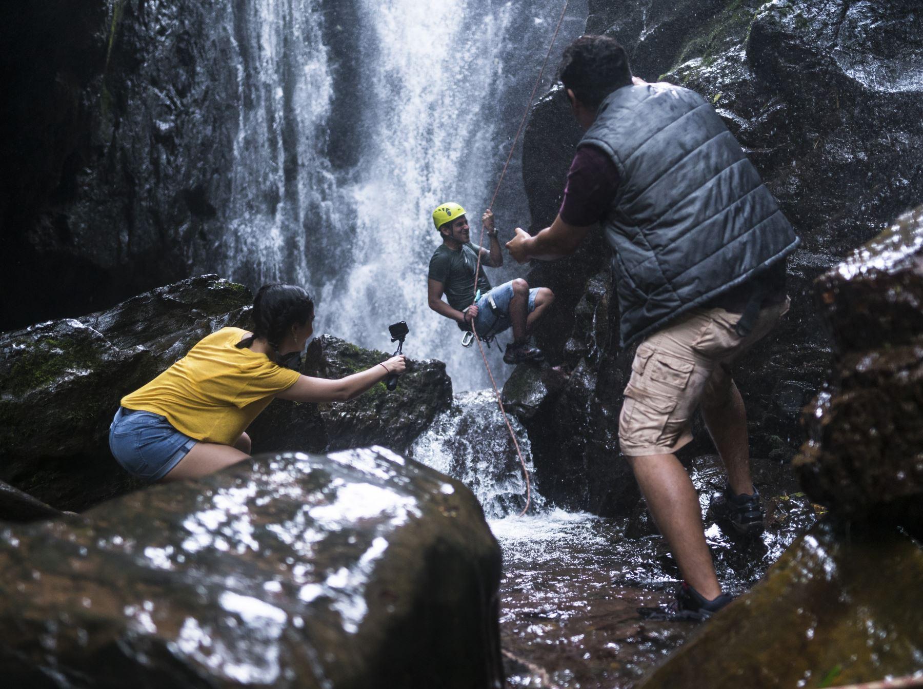 Con el respaldo que otorga el Sello Safe Travel que los reconoce como destinos turísticos seguros, la Selva Central y Oxapampa impulsarán el turismo de naturaleza y de aventura. Foto: Promperú