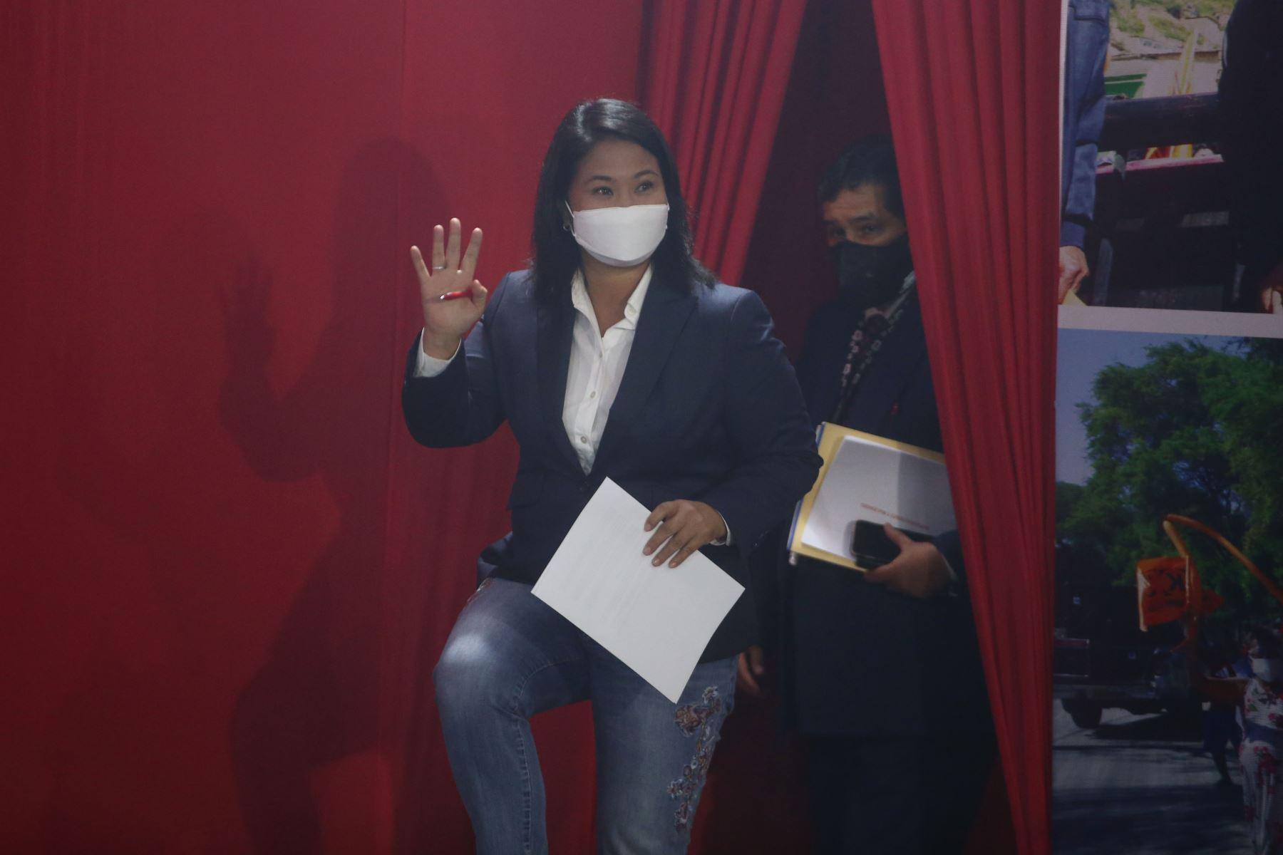 Conferencia de prensa de la candidata presidencial de Fuerza Popular, Keiko Fujimori en su local partidario donde se anuncia que presentará recursos de nulidad para 802 actas. Foto: ANDINA/Vidal Tarqui