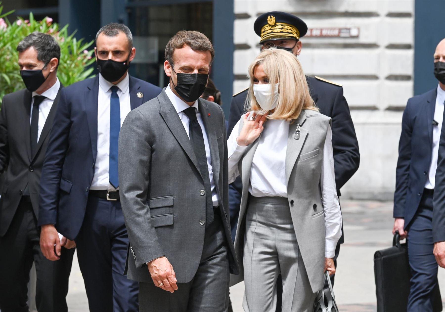 Macron decidió no denunciar a hombre desempleado que lo agredió.