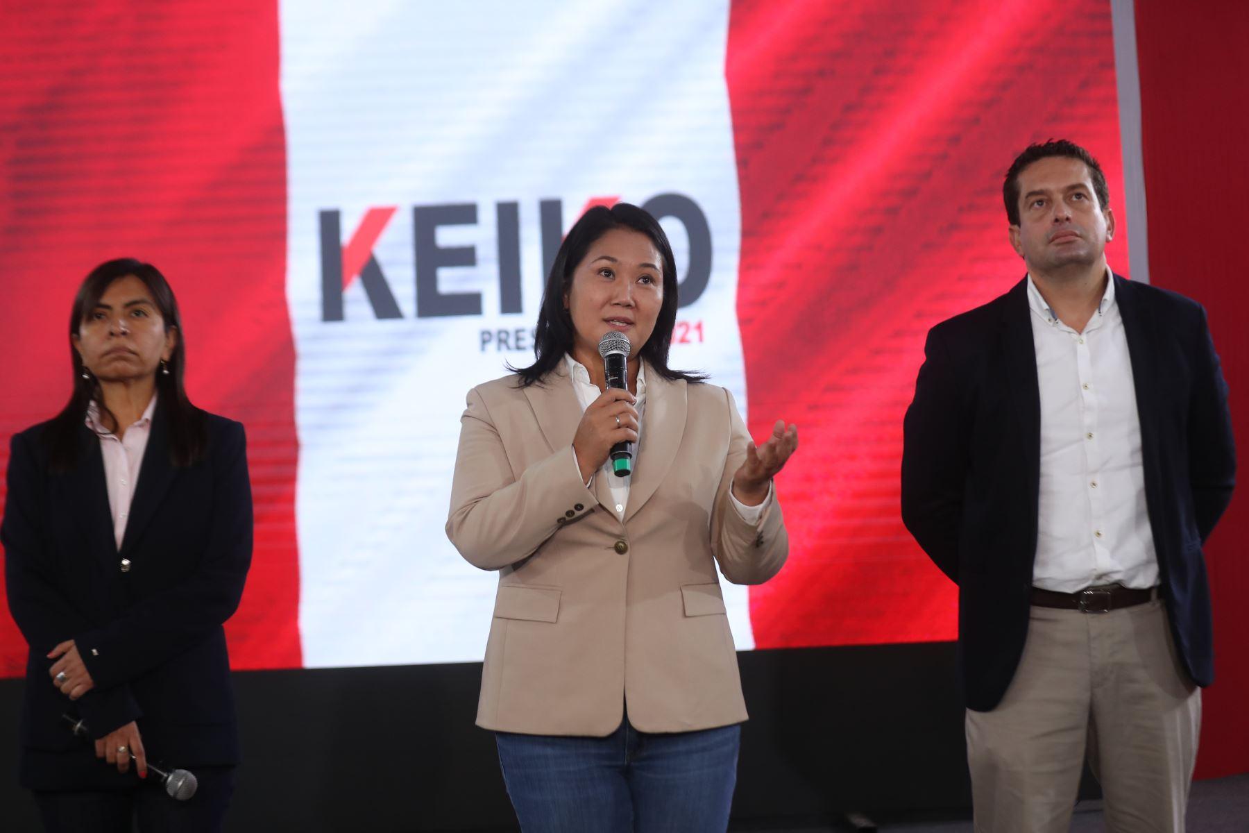 Conferencia de prensa de Keiko Fujimori junto a su abogada Giulliana Loza y Miki Torres. Foto: ANDINA/Carla Patiño Ramírez