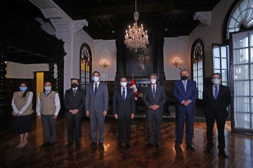 Presidente Sagasti recibe informe electoral de la Misión de Observación de la OEA