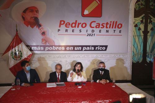 Conferencia de prensa de Perú Libre