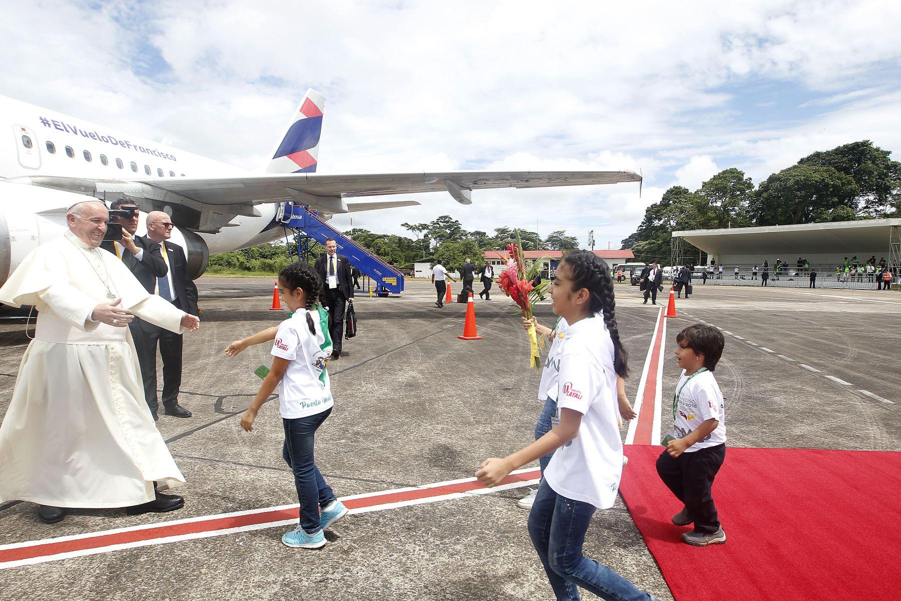 Fotografía tomada el 19 enero 2018 / Papa Francisco llega al Aeropuerto de Puerto Maldonado en Madre de Dios. Foto: ANDINA/Carolina Urra