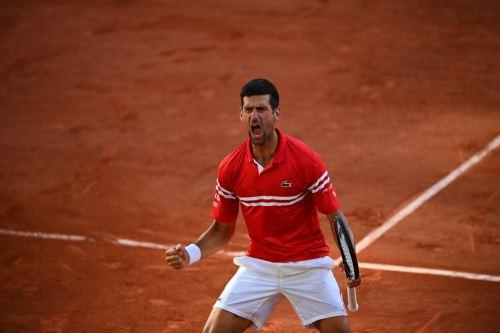 Djokovic conquista Roland Garros al vencer al griego  Tsitsipas