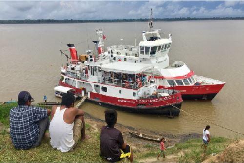 A bordo de estas embarcaciones ha sido posible realizar, en muy breve tiempo, dos expediciones médicas gratuitas que les ha permitido llegar a 36 comunidades indígenas de Ucayali, brindándoseles atención de salud mental a centenas de pobladores.