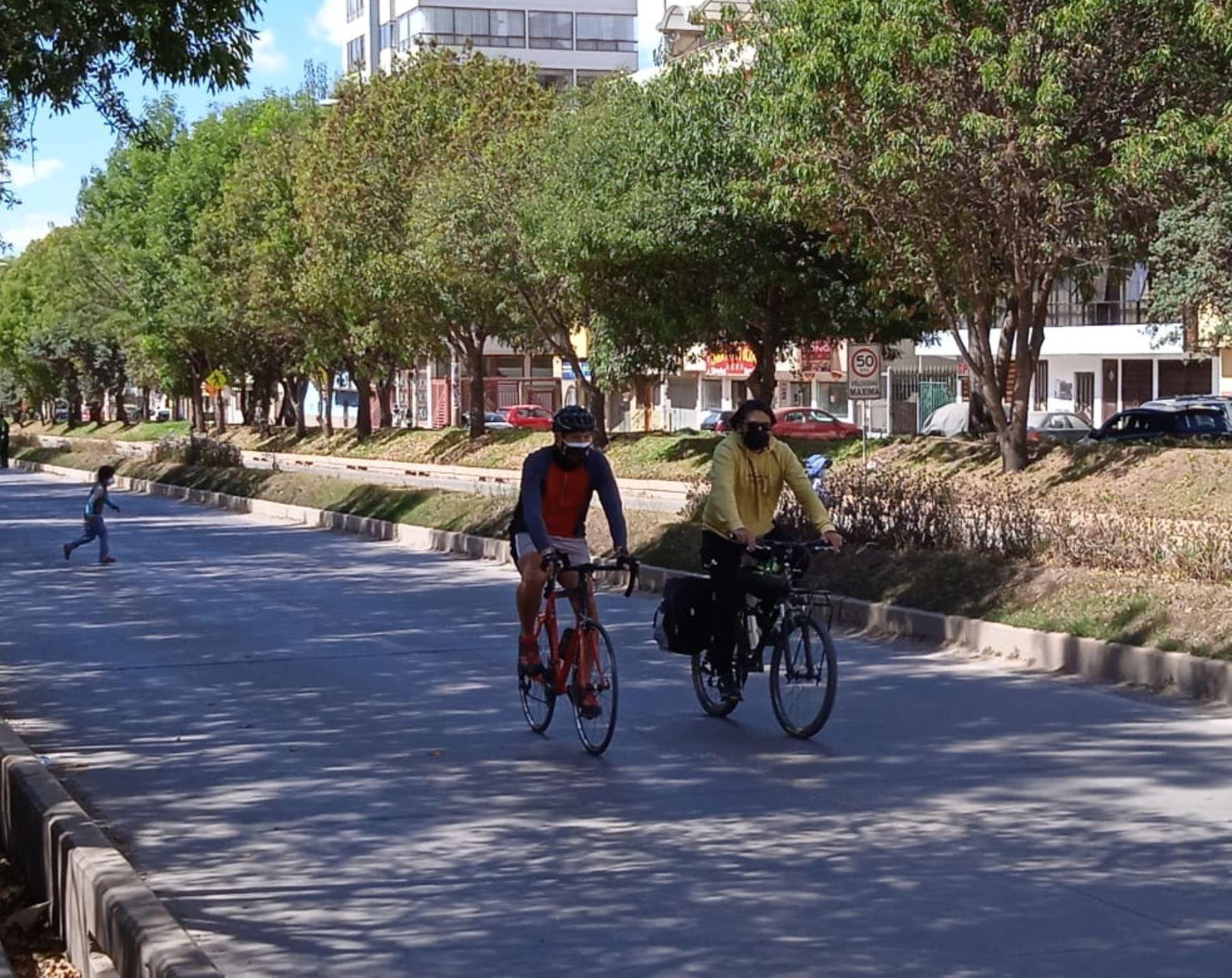 Las municipalidiades de Cusco e Ilo (Moquegua) implementan guías para incentivar actividades deportivas y recreativas en la vía pública, destacó el Ministerio de Vivienda. ANDINA/Difusión