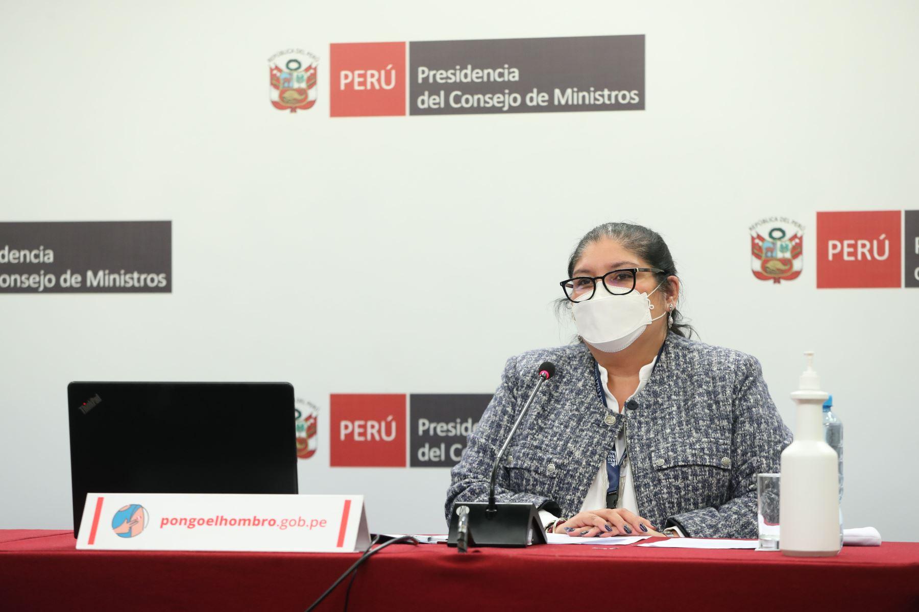 Ministra Esparch: hemos demostrado que las vacunas son efectivas y seguras