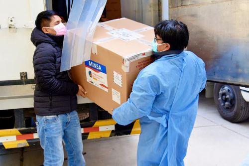 Minsa entrega un nuevo lote de 33,208 vacunas del laboratorio chino Sinopharm a la región Ancash