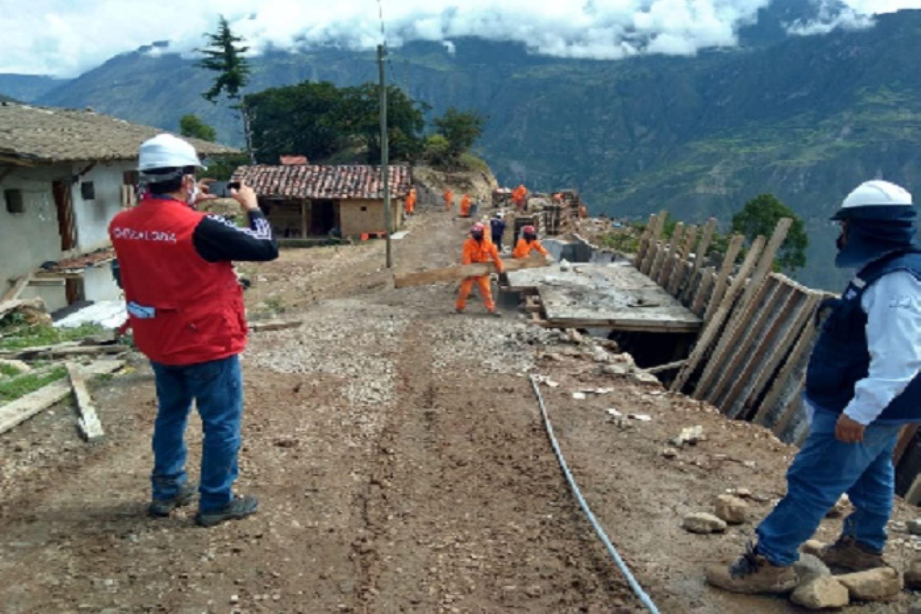 Una de las situaciones irregulares, por ejemplo, es la construcción de muros de concreto sin haber hecho un estudio técnico previo para determinar la factibilidad del terreno.