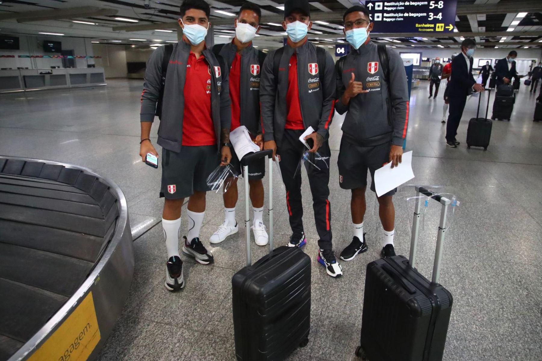La escuadra nacional ya se encuentra en Brasil para disputar la Copa América 2021, donde tienen pensado entrenar el martes y miércoles antes de hacer su debut, el jueves 17 de junio ante Brasil Foto: @Seleccion Peruana
