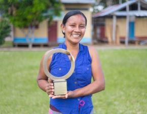 La lideresa indígena bora Liz Chicaje Churay recibió el Premio Goldman 2021 por su labor en la defensa de la Amazonía peruana. Foto: Goldman Environmental Prize