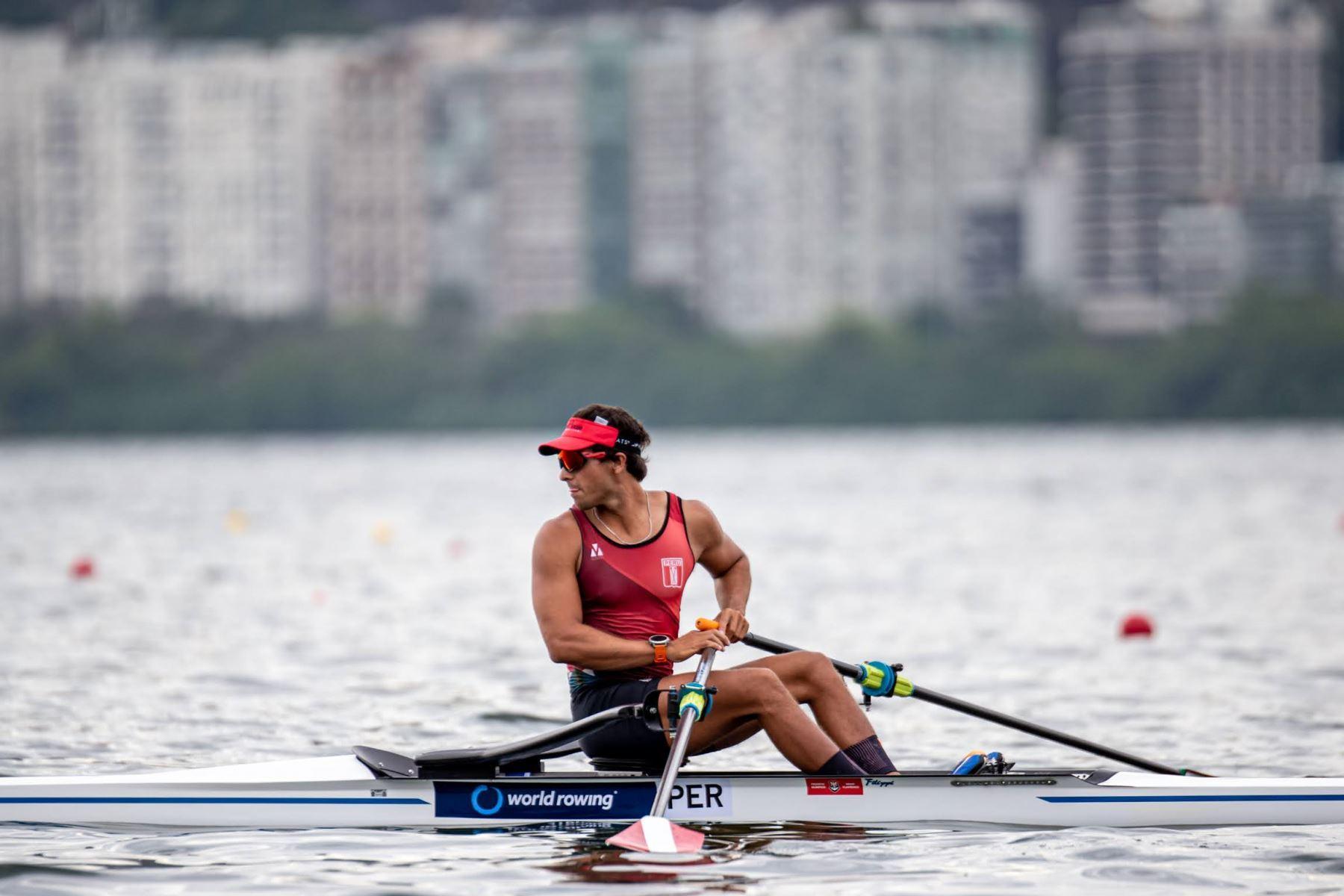Remero peruano Álvaro Torres clasificó a los Juegos Olímpicos de Tokio. Foto: ANDINA/ Difusión