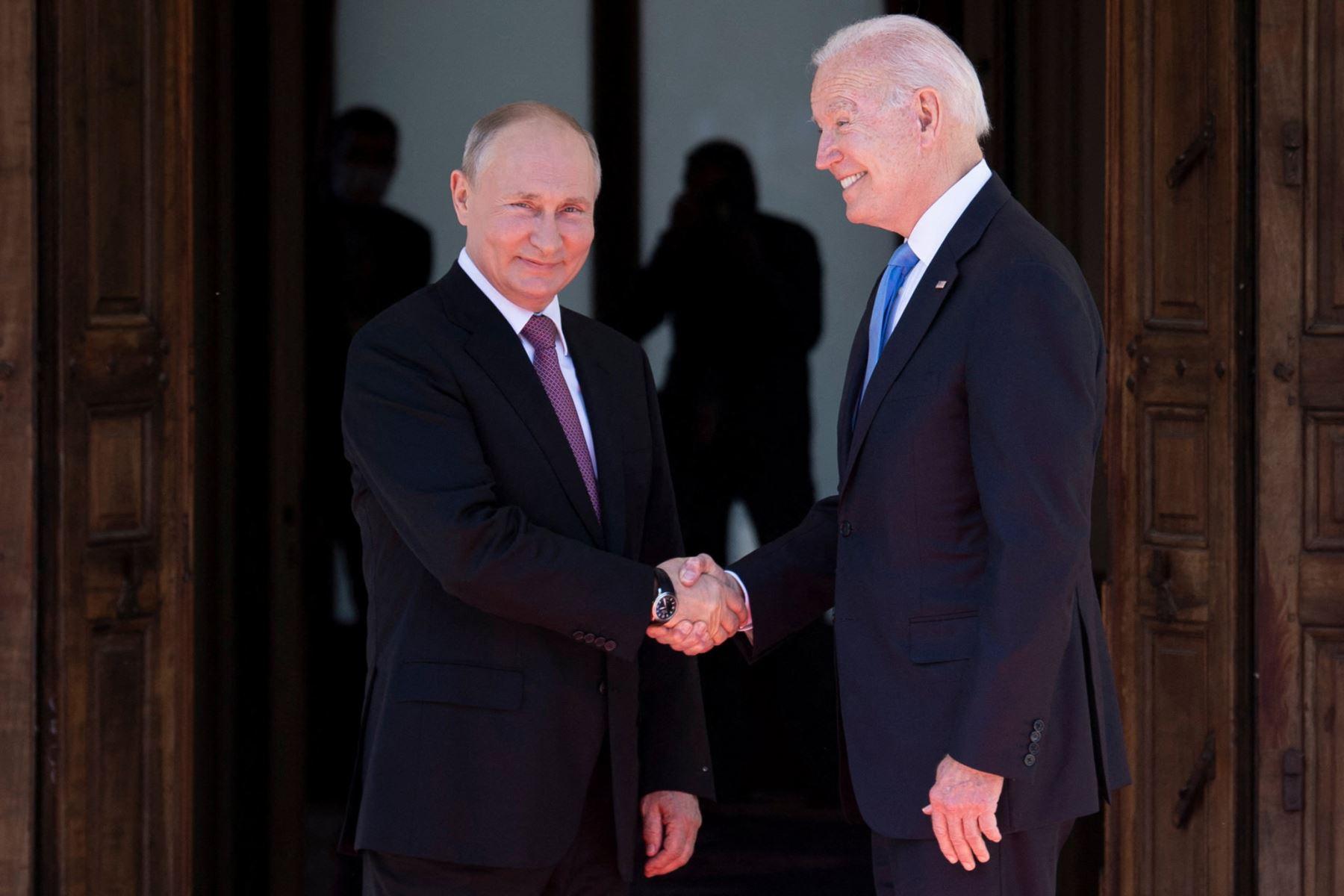 Biden confirma que responderá a los ciberataques después de hablar con Putin