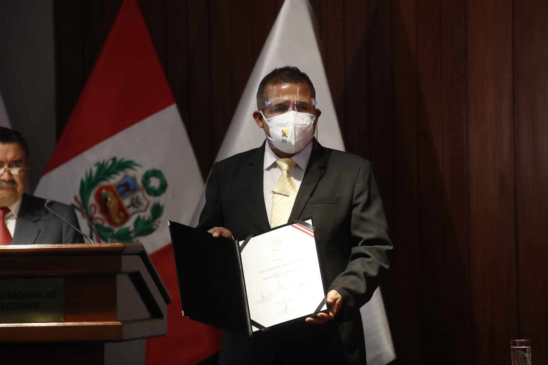 Javier Fernando Arce Alvarado representante de Perú Libre ceremonia de entrega de credenciales a representantes del Parlamento Andino. Foto: ANDINA/Juan Carlos Guzmán