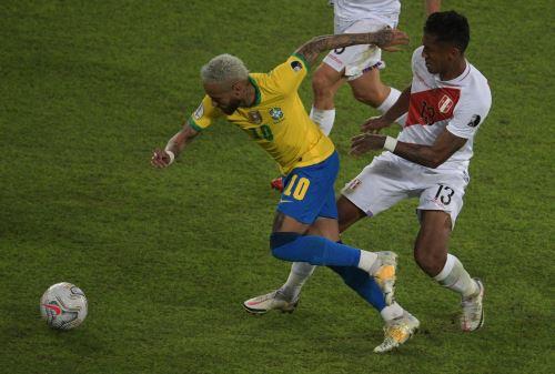 Perú y Brasil se enfrentan por el Grupo B de la Copa América