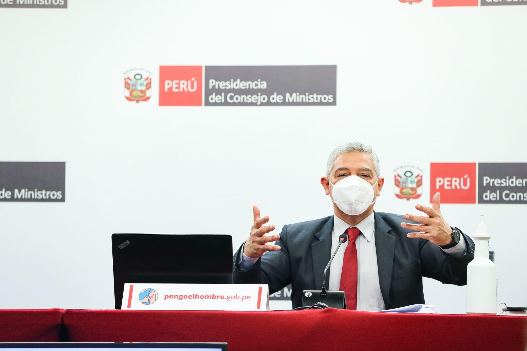 El ministro del Interior, José Elice, en conferencia de prensa hoy. Foto: ANDINA/difusión.