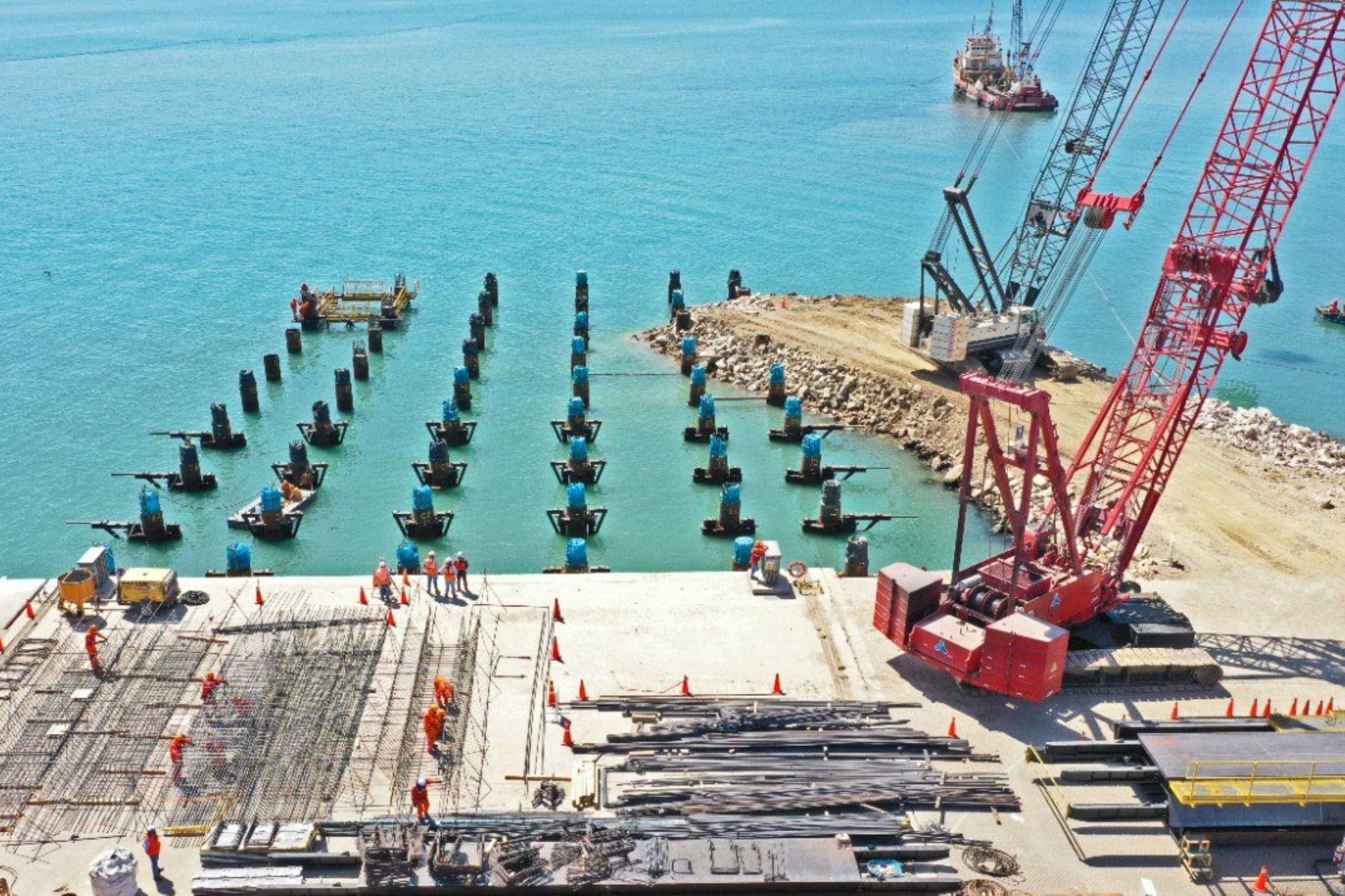 Continúa en marcha la ampliación del Terminal Portuario de Paita que aportó más de S/ 30.8 millones en proyectos sociales a través de su fondo social. Foto: MTC