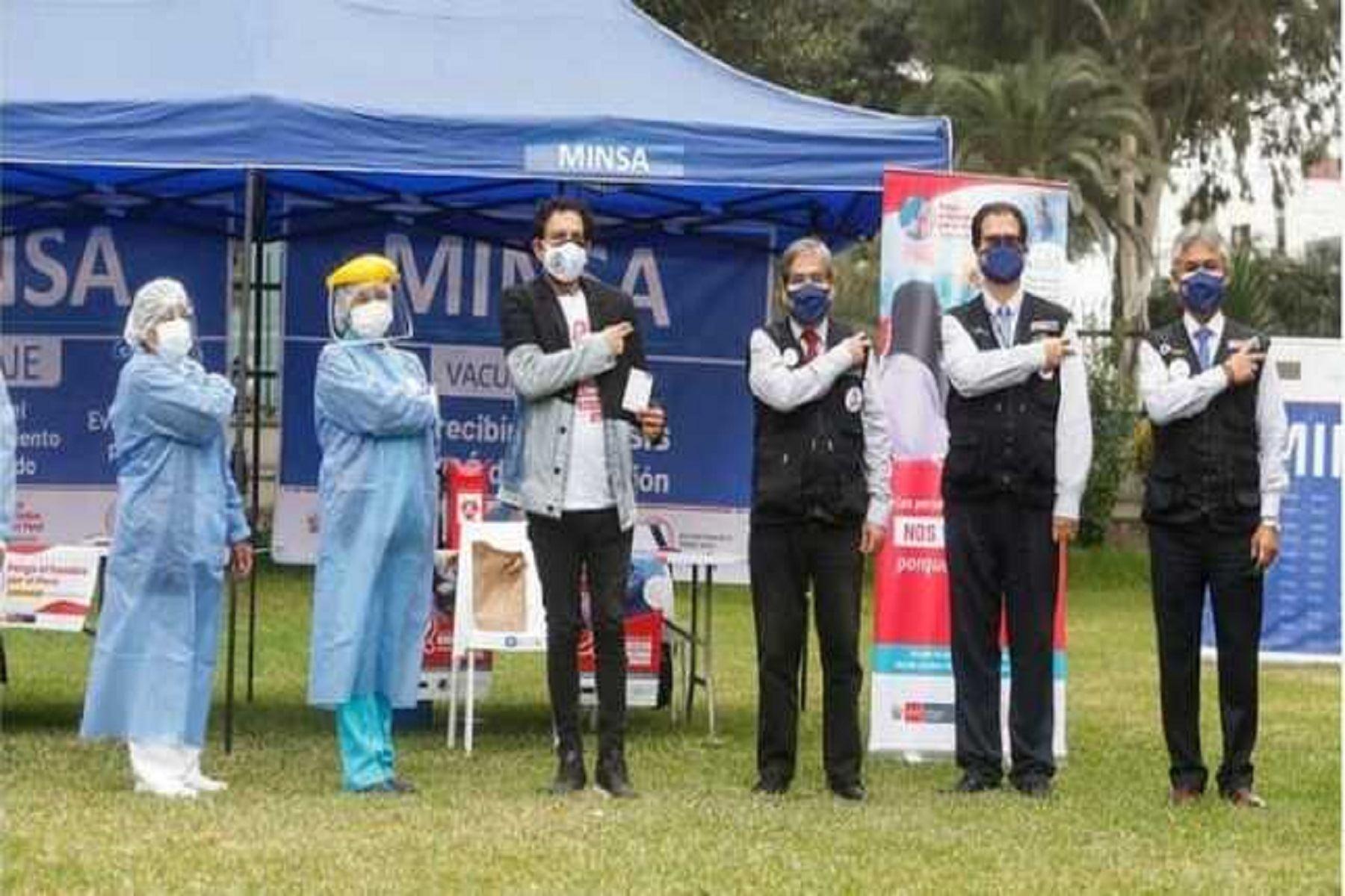 Minsa inicia vacunación contra el covid-19 de 87,000 personas portadoras de VIH. Foto: difusión.