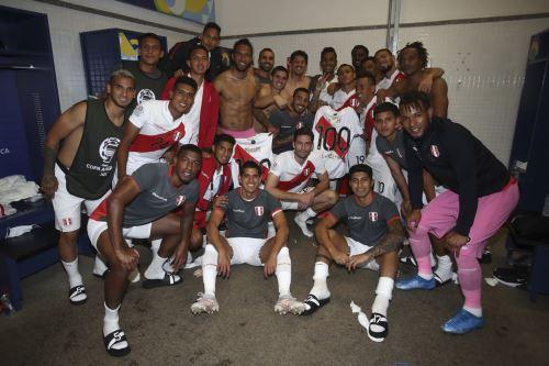 Así celebraron los jugadores de la Selección tras su triunfo ante Colombia