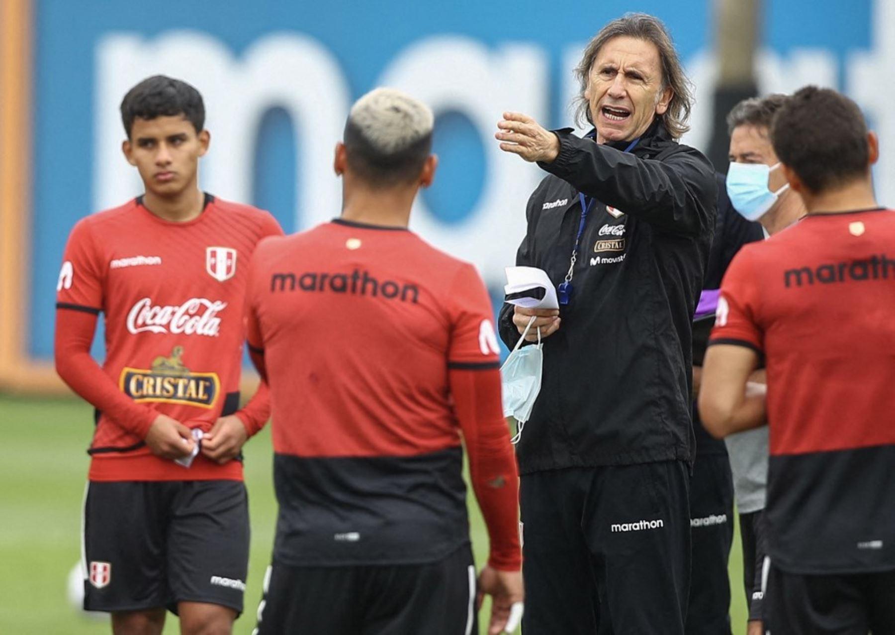 Gareca dice que la selección peruana siempre debe respetar un idea de juego