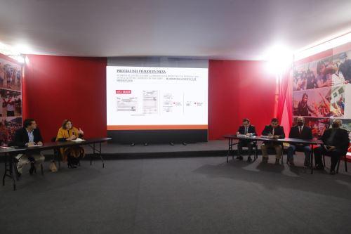 Fuerza Popular brinda conferencia de prensa tras audiencia del JNE