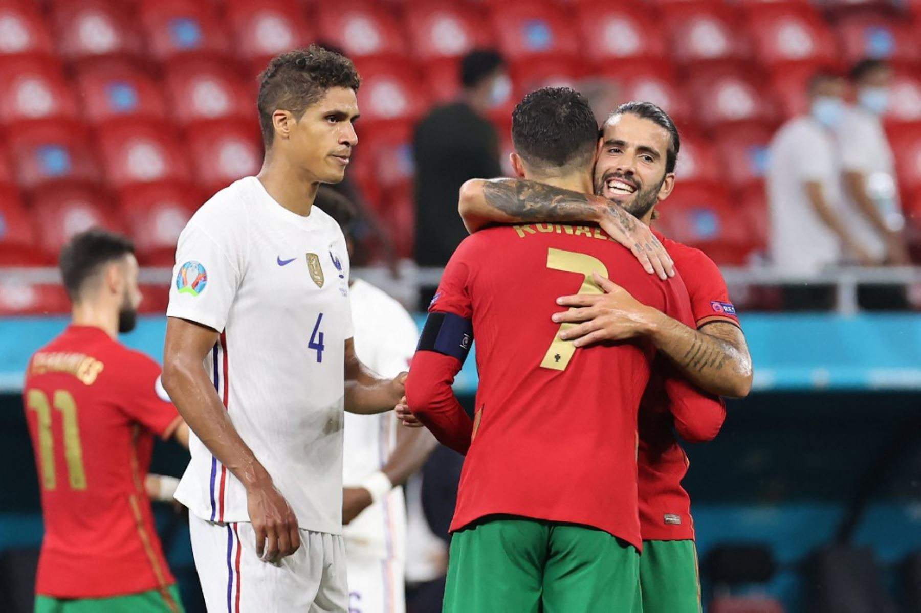 Francia y Portugal repartieron puntos y ambos se instalaron en los octavos de final de la Eurocopa.