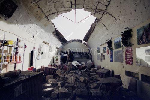 El sismo destruyó numerosas viviendas en la Ciudad Blanca y se sintió en todo el sur del país y el norte de Chile. Foto: Archivo Histórico de El Peruano / Jack Ramón